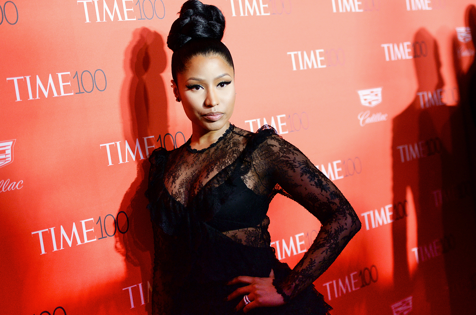 Nicki Minaj Hot & Sexy Photos, Near-Naked Images
