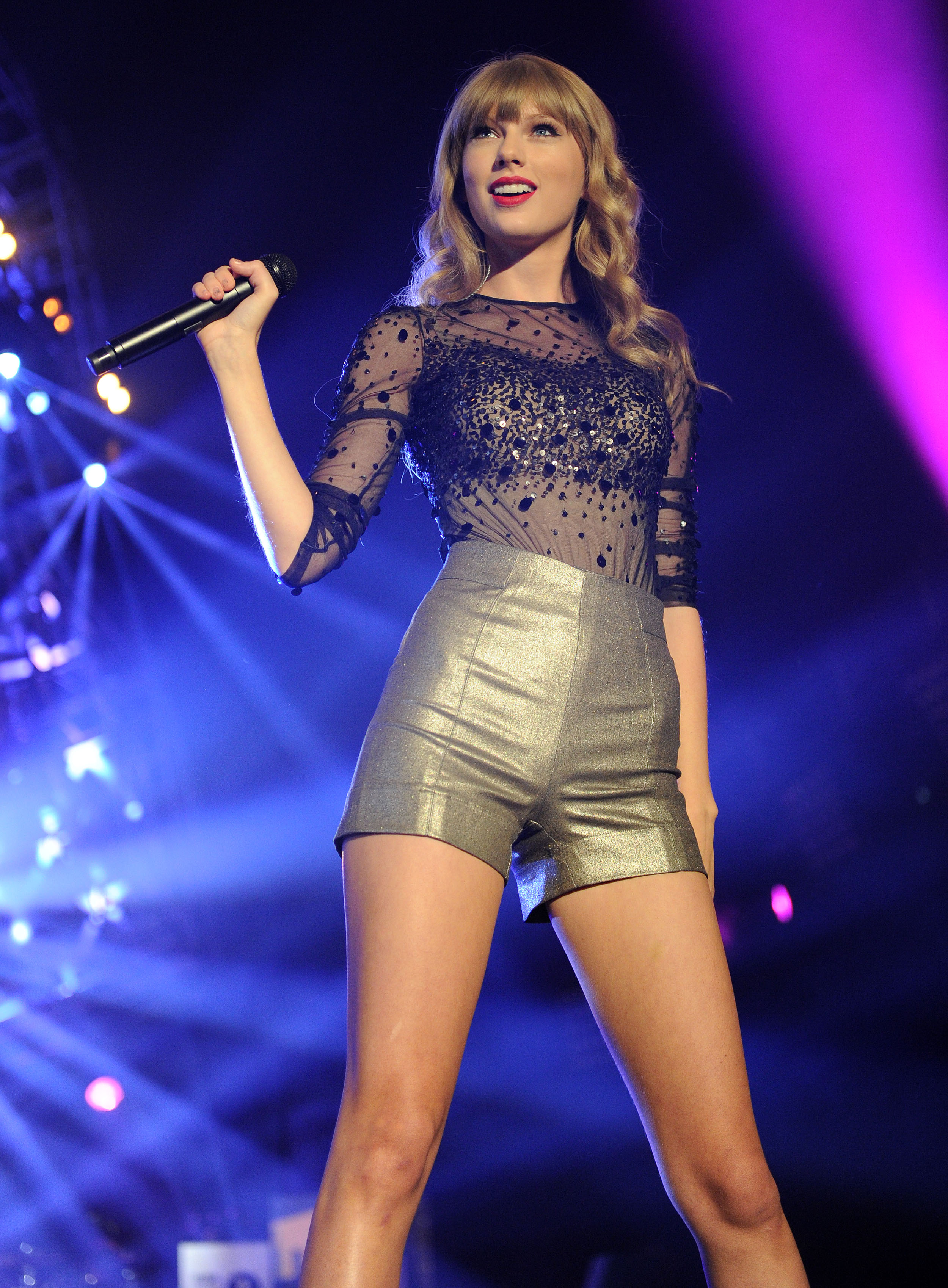 Red Tour Taylor Swift Download