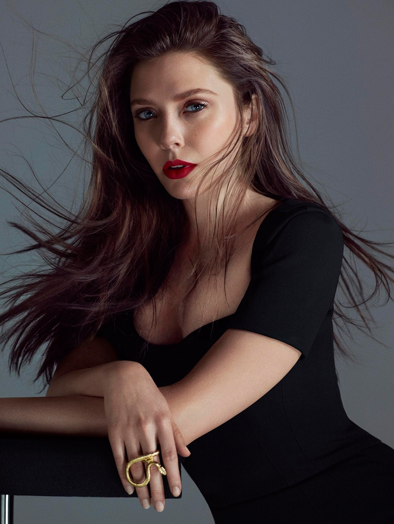 Elizabeth Olsen Hot Images, Sexy Videos & Photos