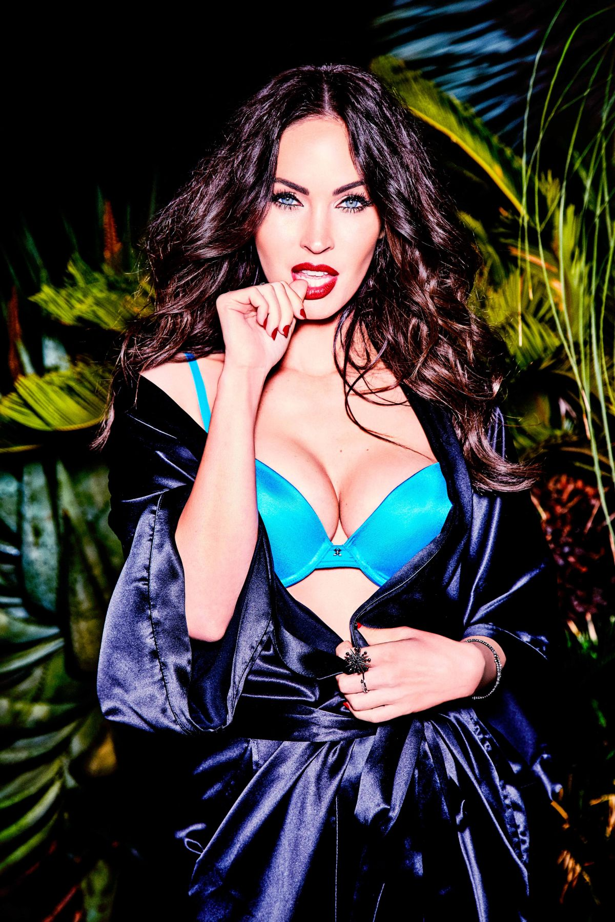 Megan Fox Hot Bikini Photos, Leaked Hd Images