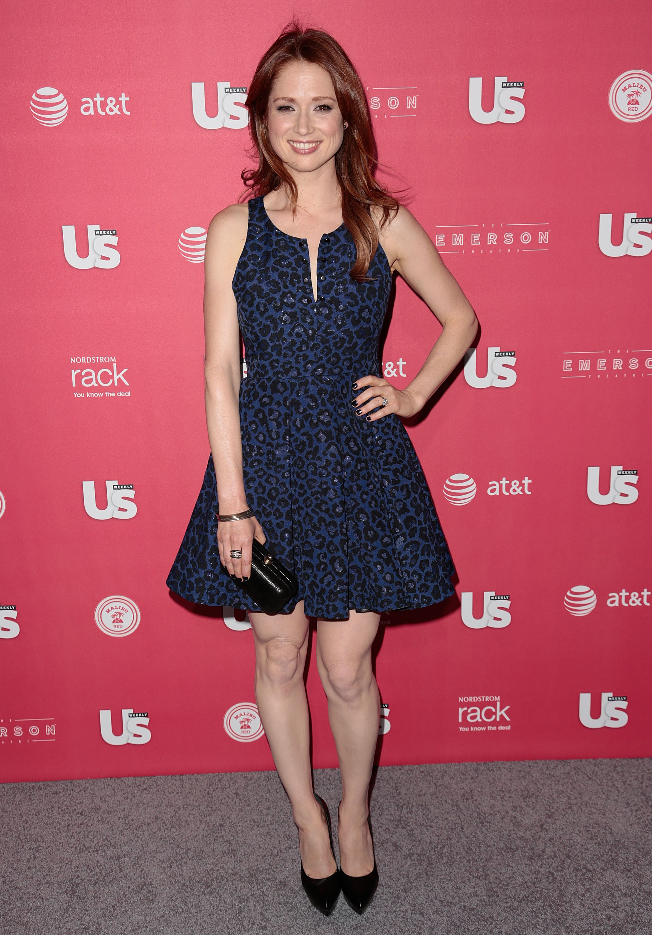 Ellie Kemper Hot & Sexy Pics, Topless Photos, Images