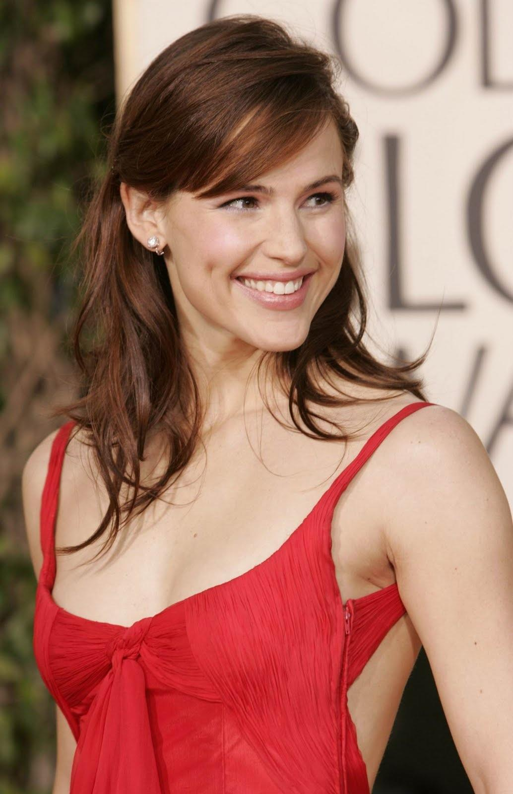 Jennifer Garner Hot Pics, Sexy Images & Photos Gallery