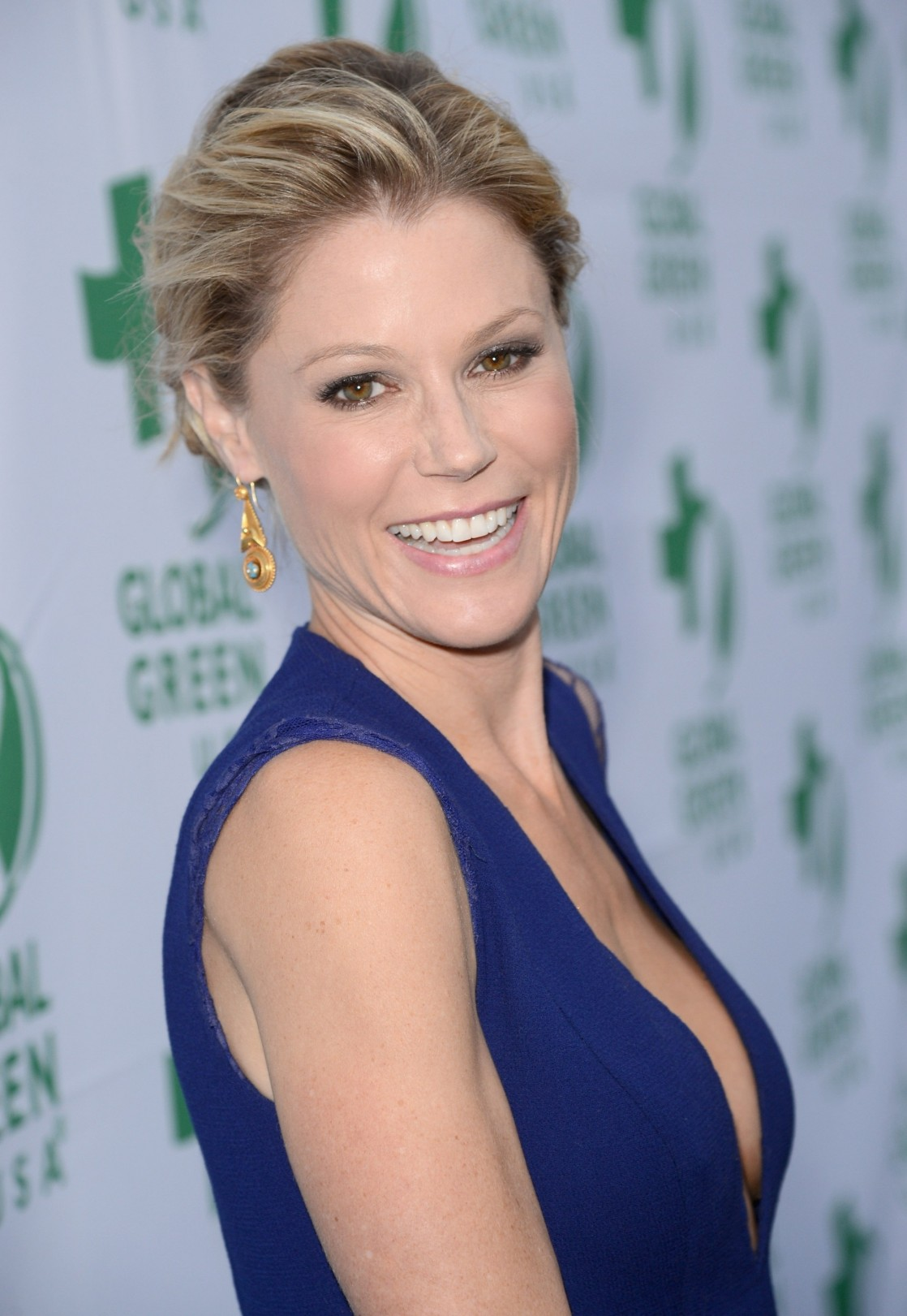 Julie Bowen Hot Pics, Near-Nude Photos  Images -4748