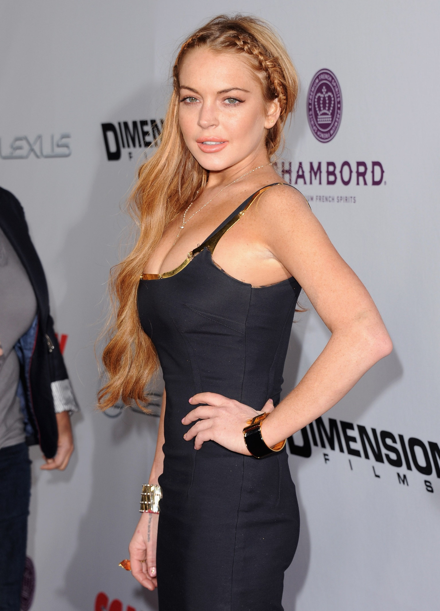 Lindsay Lohan Hot & Sexy Photos, Near-Nude Pics