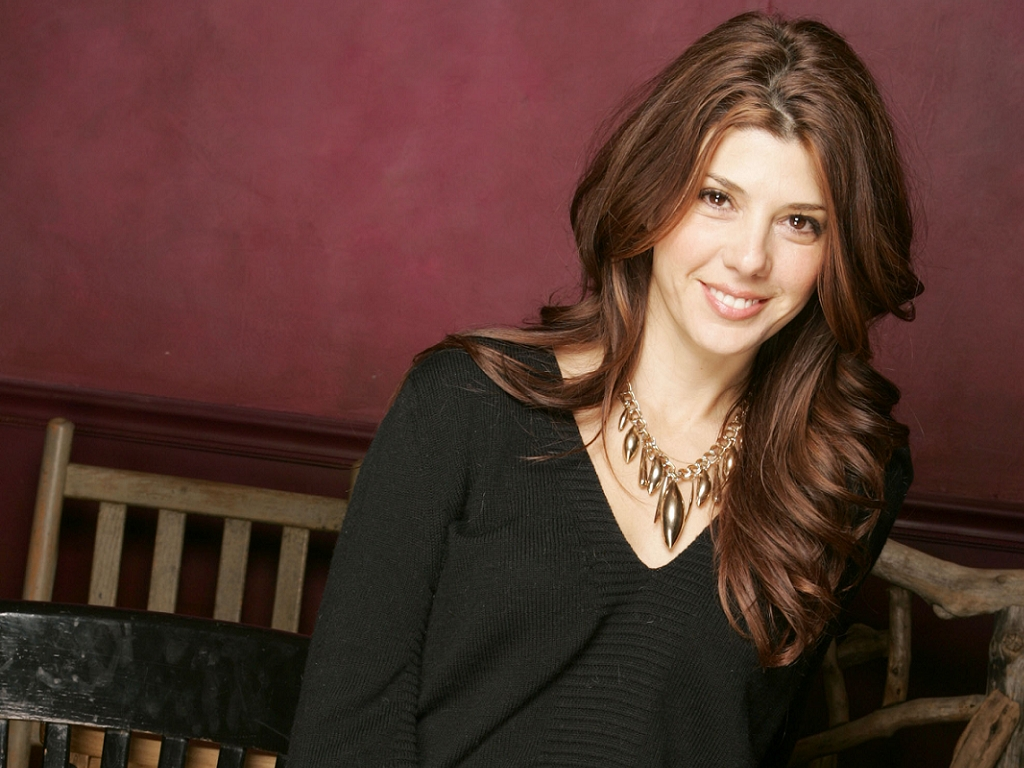 Marisa Tomei Hot Bikini Pics, Near-Nude Photos - beautiful ...