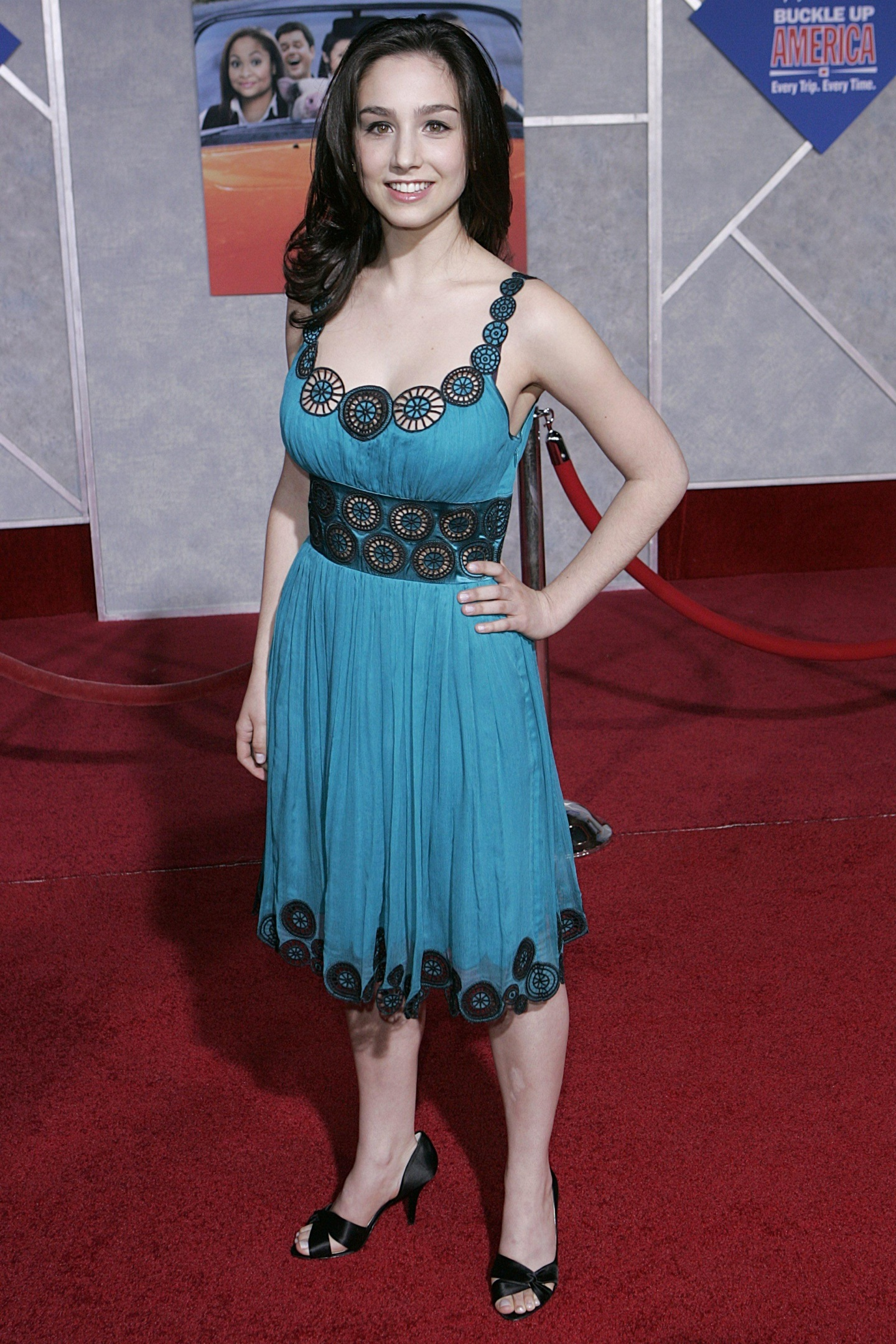 Molly Ephraim Hot