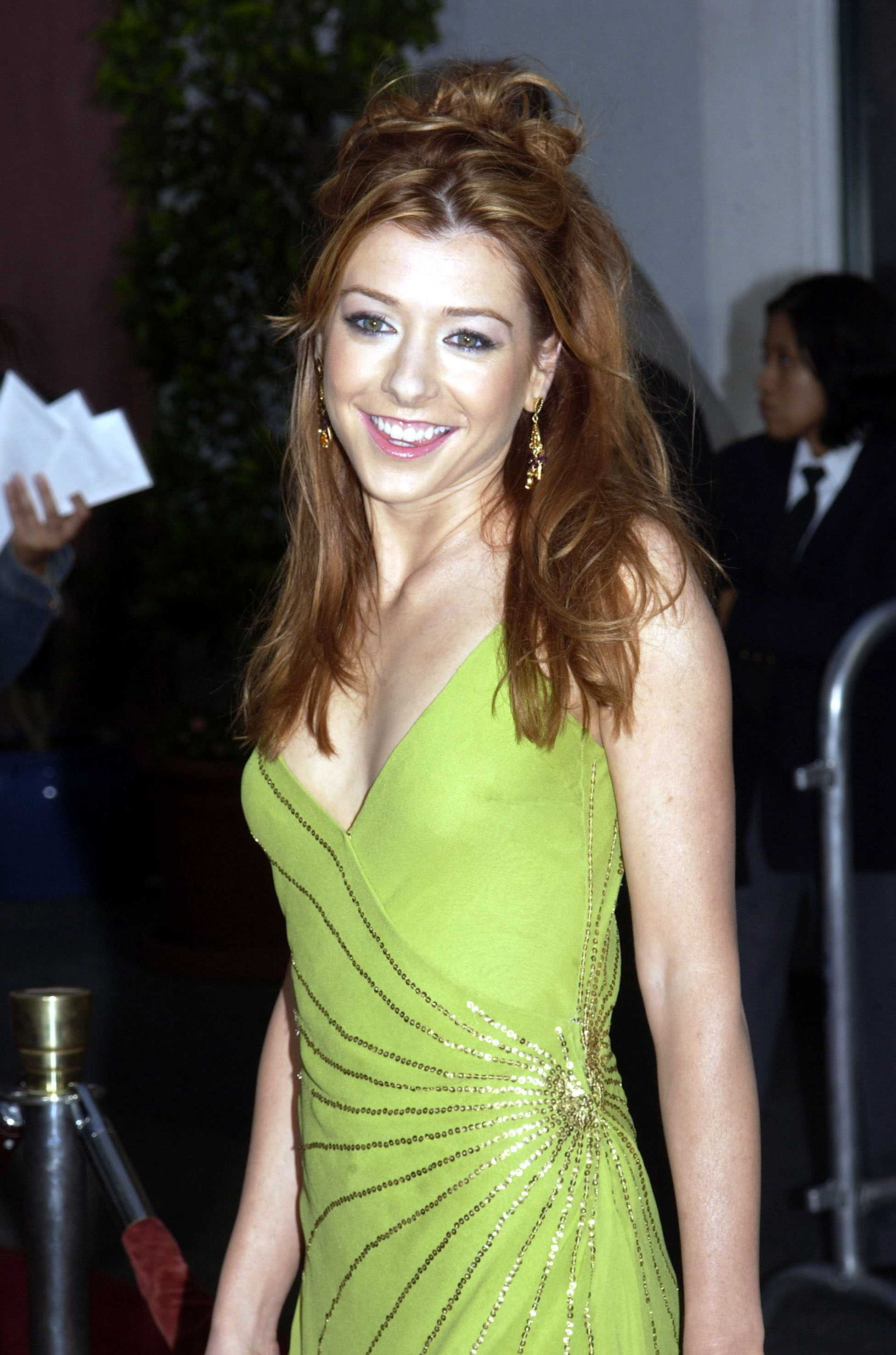 Alyson Hannigan American Pie Hot alyson hannigan hot bikini pics, nearly-nude photos