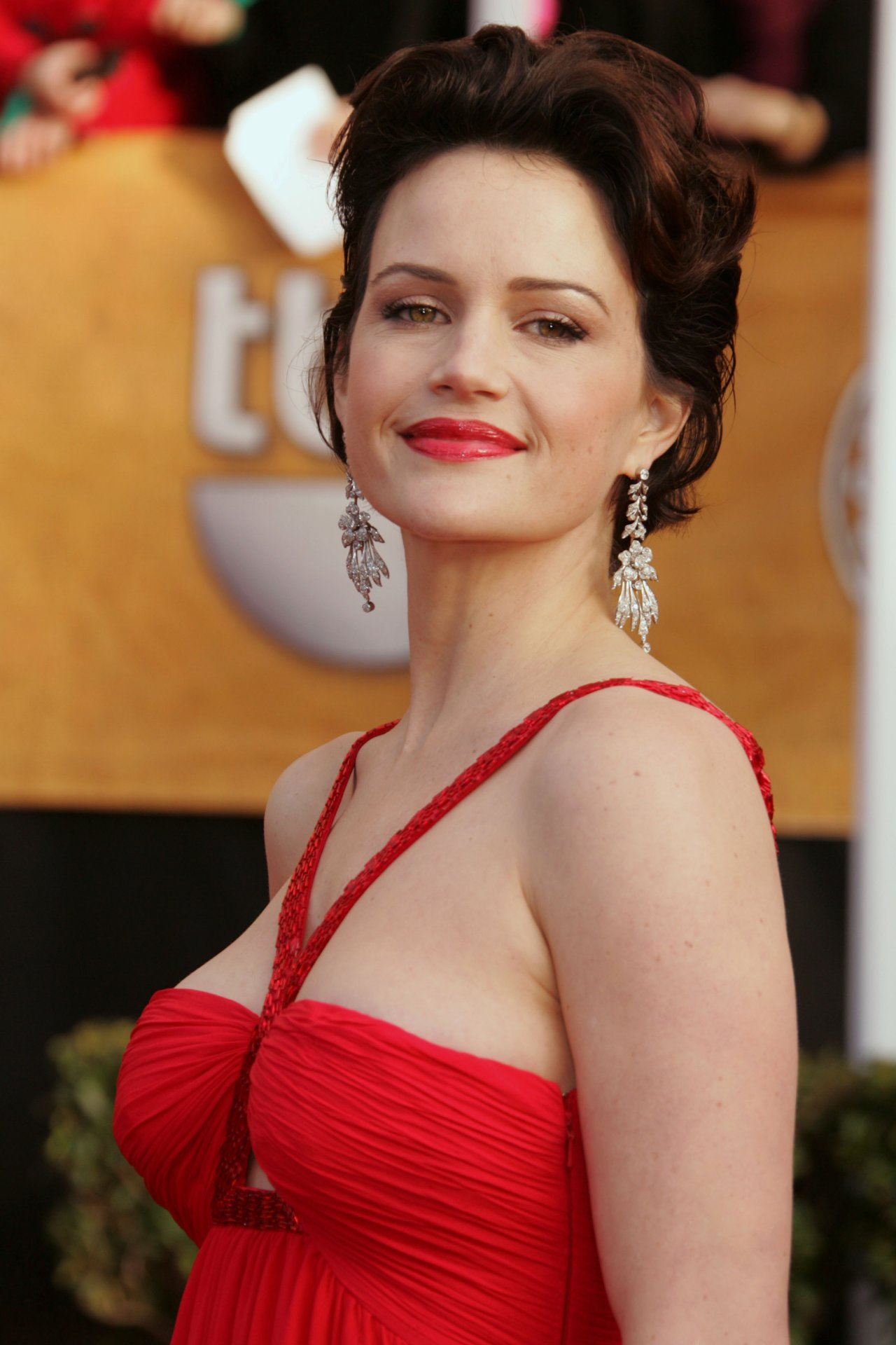 Carla Gugino Hot Pics, Sexy Near-Nude Photos, Videos