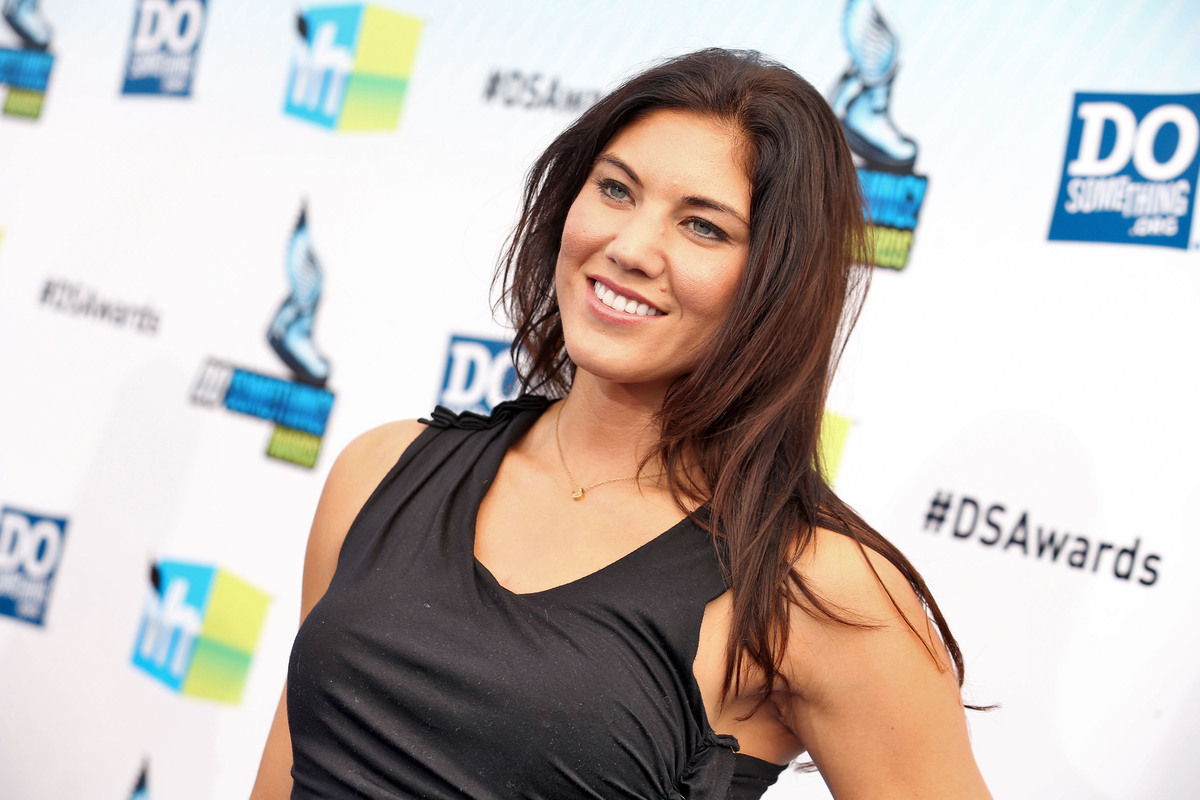 Hope Solo Hot Swimsuit Pics, Sexy Topless Photos