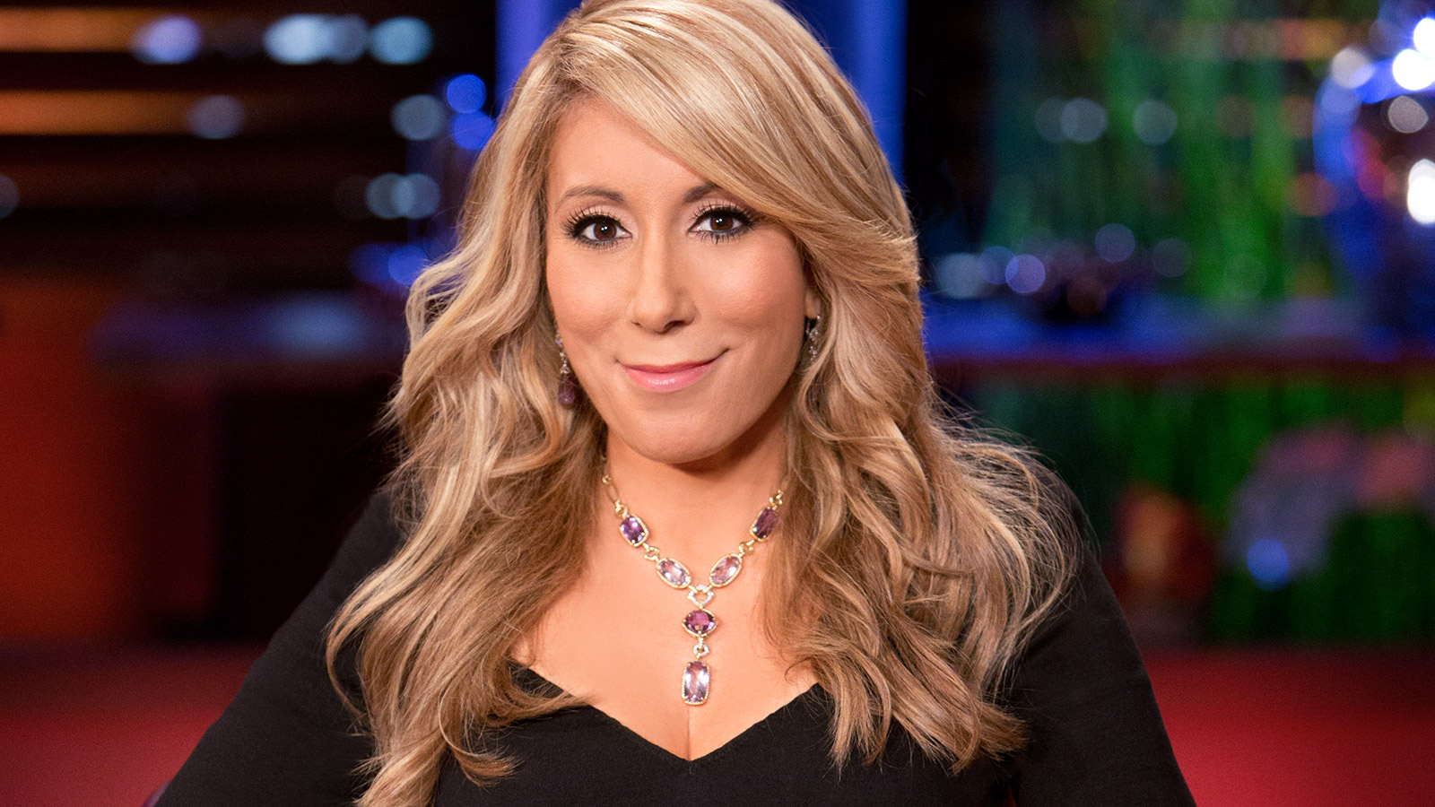 Lori Greiner Hot Photos, Sexy Topless Images & Videos