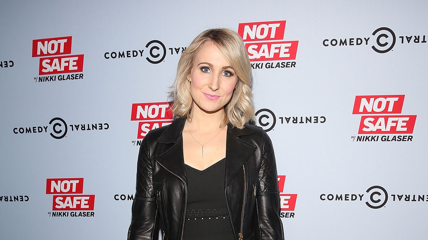Nikki Glaser Hot Pictures, Sexy Bikini Images & Photos