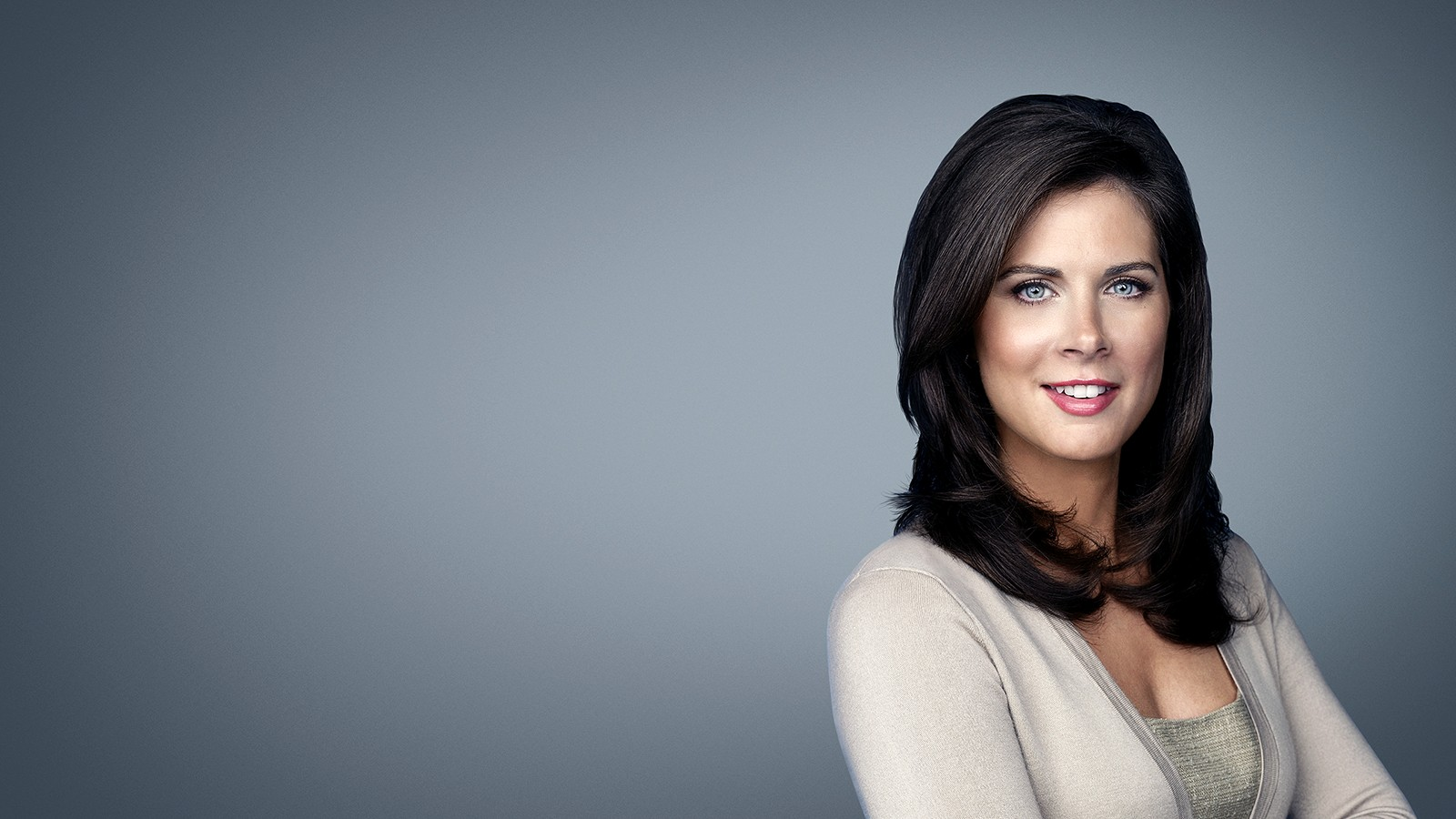 Erin Burnett Hot Bikini Pics, News Host Kissing Scene 11