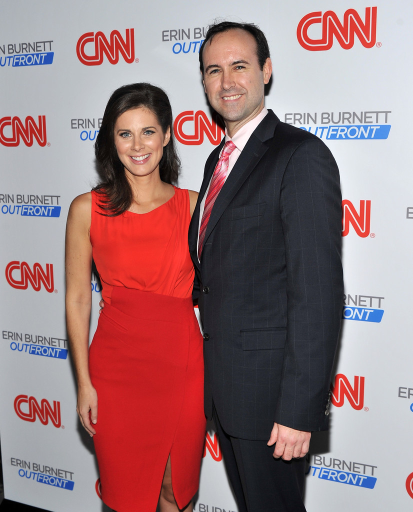 Erin Burnett Hot Bikini Pics, News Host Kissing Scene 23