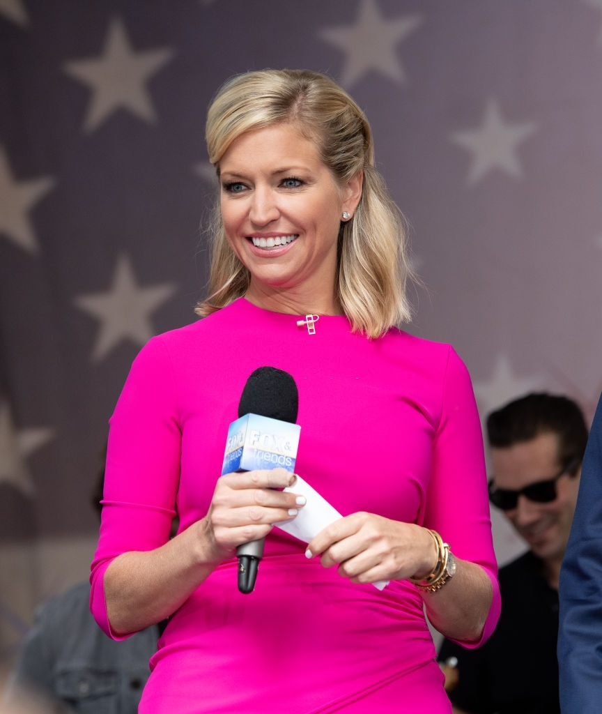 Hottest Pictures of Ainsley Earhardt Bikini Pics All Times 12